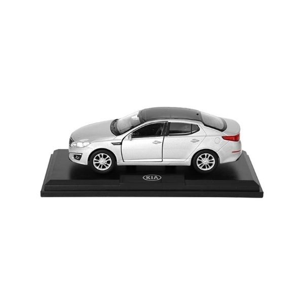 Picture of Model Car Kia Optima Silver